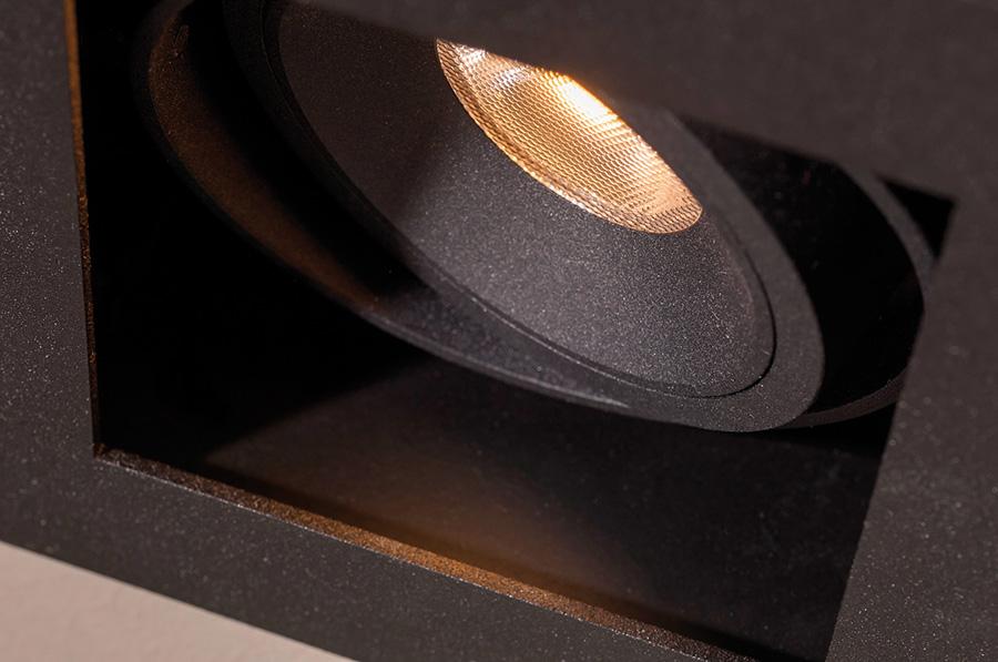 mini tommybeaufort textured black detail 10x6cm - Mini Tommy Beaufort